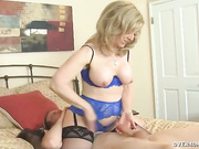MILF Nina milking a big penis