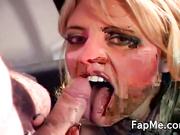 Hot bitch shows off her sucking skills
