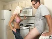 Housewife Hottie