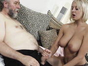 Old dude catches young babe
