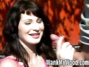Mature MiLF shows her cock jerking skills