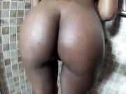 Lady coffee's shower head masturbation