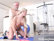 Martina loved how this old goes young guy drove her wild by