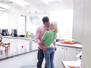 Stepsis Fucked In Kitchen On Thanksgiving