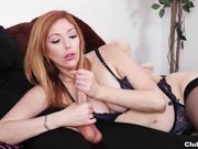 Redhead sexbomb handjob